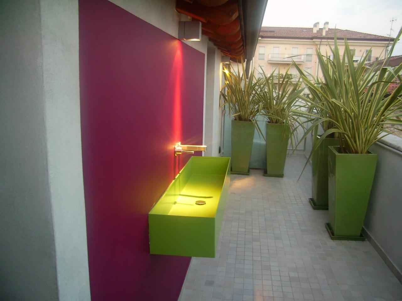 Emejing Arredare Balconi E Terrazzi Gallery - Design Trends 2017 ...